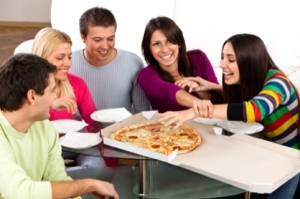FE_DA_CollegeStudentPizza418_082212